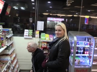 Porn amather auslauf in hamburg fetish femdom ladykarame blonde bondage masturbation