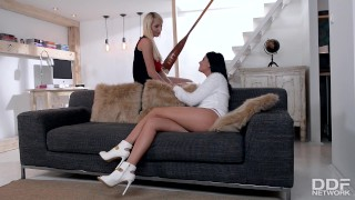 Super HOT Luxury Lesbians Fingerbang to Explosive Orgasms