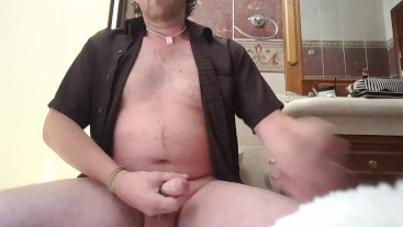 Watch me cum all over you...