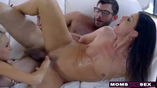Mom Fucks Step Son & Eats Teen Creampie For Thanksgiving Treat Hand slim