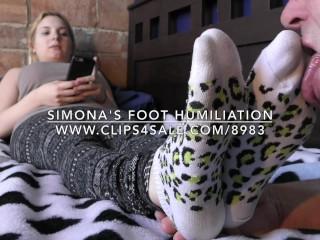 Simona's Foot Humiliation - DreamgirlsClips.com