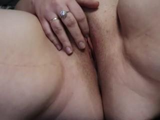 Amateur BBW Pussy Play