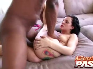 Preview 2 of Tori Lux Loves Being Blacked