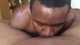 Black man eats pussy