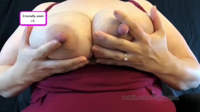 Are engorged breasts pms or pregnancy Lactating big boob milf huge nipples pumps breast milk after engorgement