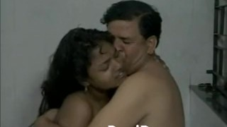Desi Couple Making Shower While In Shower porno