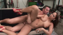 Broken Down Anal Whore Regina Ice Bounces Big Booty On Huge Cock For Ride