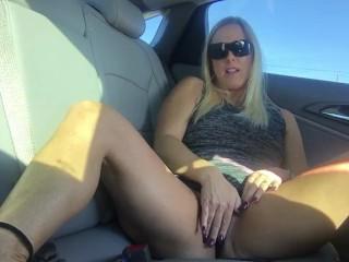 Back Seat Masturbation!