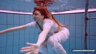 Amazing hairy underwatershow by Marketa Homemade solowife.com