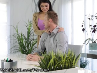 Brenna Sparks Offers Boss a Massage to get Hired!