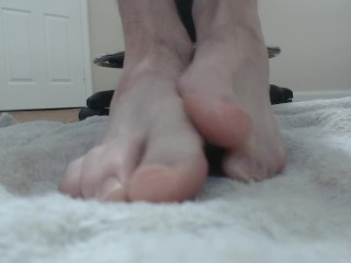 Young twink slut dirty talks while he plays with his feet and sucks toes