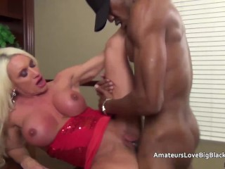 Homemade sex with friend muscular mature blonde impaled by big black cock old interracial amateu
