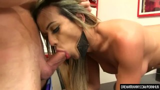 Transsexual Beauty Juliana Leal and a Guy Suck Each Others Cocks