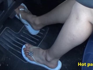 Pedal pumping, revving and riding in car