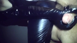 Making huge fan spray cum all over you