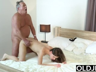 Young Girl Vs Old Man - Skinny Teen taking facial from fat grandpa