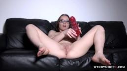 WendymoonX - Monster dildo in tight pussy make Wendy Moon cum