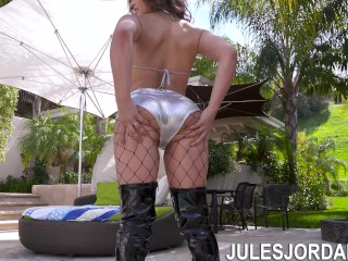 Jules Jordan - Abella Danger Has Her ASS Stretched Open By Dredd's BBC