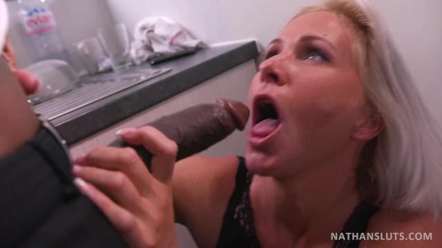 Vreemdgaan interracial Porn Wife