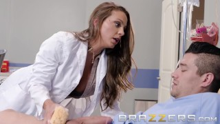 Brazzers Dirty doctor Abigail Mac gets sucks some cock