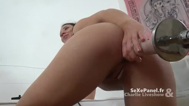 Adult star charlie angel Un fucking machine pour te défoncer le cul