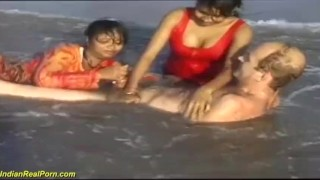 indian wife pussy threesome
