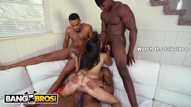 Mandingo fucks martinez Bangbros - 3 big dick brothas gangbang petite latina michelle martinez