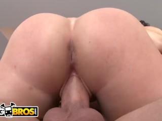 BANGBROS - PAWG Hoes Angel Vain & Liz Share A Big Dick On Ass Parade