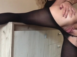 I ripped her pants and fuck her ass ( QUICKIE ANAL !)