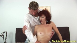 skinny mom deepthroat a strong dick Amateur cumshots