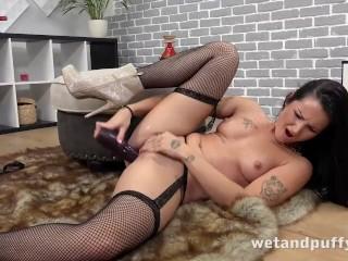 Wetandpuffy - Fill That Pussy