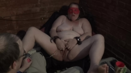 2016-06-02 - fuckmeat masturbates in an alley