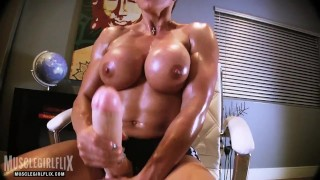 Massive Futanari Cock on Muscular Woman