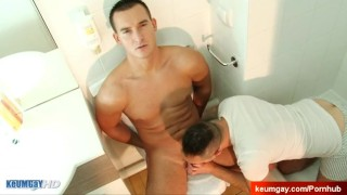 Guy delivery a porn handsome innocent gay in mick get jerking