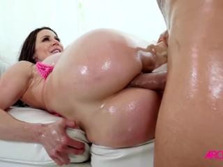Kendra Lust takes huge cock up her ass