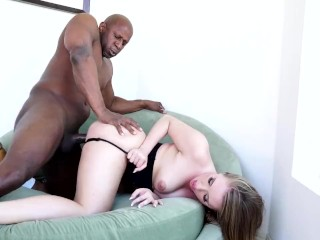 Interracial fuck with kinky Harley Jade