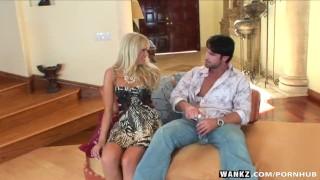 WANKZ- Nikki Kane Isnt Wearing Any Panties