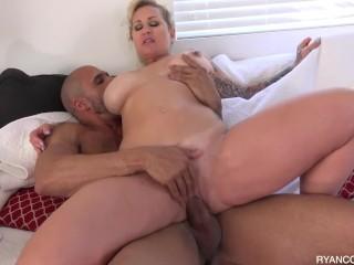MILF Ryan Conner Enjoy Hot Sex