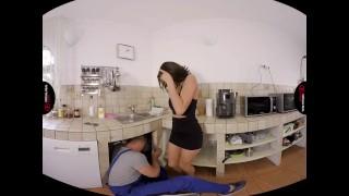 VirtualRealPorn.com Sexy housewife