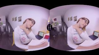 VirtualRealTrans.com - Nerdy Nikki Rubbing amateur