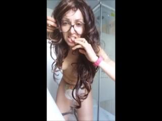 sexy diaper girl!