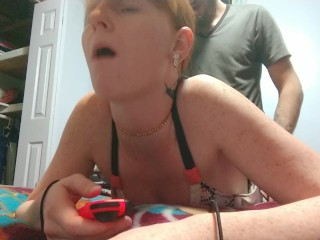 She takes a big dick while playing nintendo
