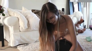 Adorable Teenage Girl Rides Sybian For First Time porno