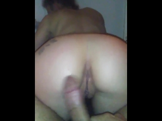 Another short bathtub clip nice view of pretty white pussy and mulatto dick