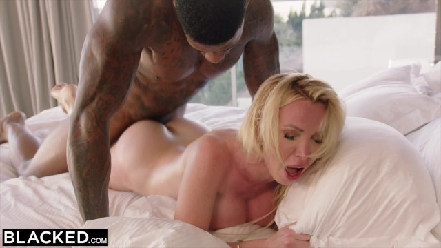 ebony milf craves white kissing