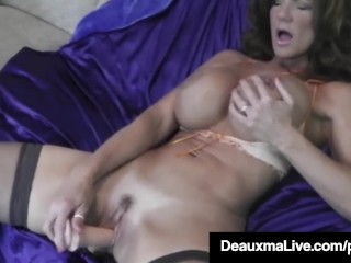 Watch Women Eat Pussy Hot Blooded Cougar Deauxma Dildo Fucks Her Pussy & Squirts! Big Ass