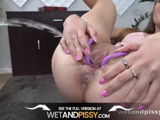 Wetandpissy - Splashing