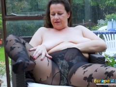 Mature pantyhose free videos
