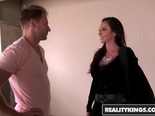 Milf Hunter - Naughty mom Ariella Ferrera gets some dick