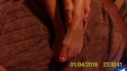 FOTJOBBZONE - Relasing stress wth foot massage sexy POV feet,toes and soles